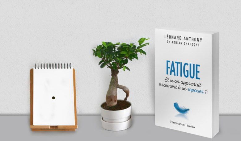 Fatigue Livre - feuille point blanc